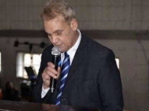 الاستاذ الدكتور حسام الدين مصطفى في ذمة الله